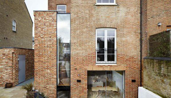 طراحی دکوراسیون داخلی خانه آجری فانوس