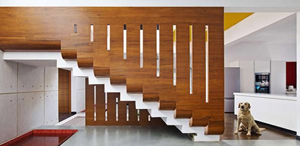 راه پله های چوبی، محافظ تا سقف